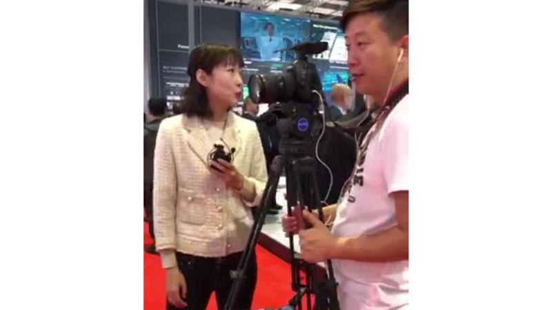 CCTV2財経取材の様子 © 有限会社田中印刷所